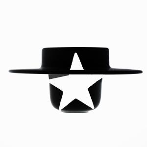 smalto-bianco-cappello-nero